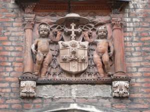 Hampton Court - Cardinal Wolsey coat of arms