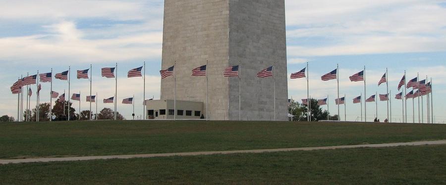 Washington Mounument - flags