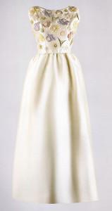 Ivory emroidered evening dress 1