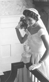 Wedding reception - bouquet toss