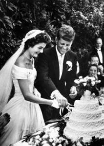 Wedding reception - cutting the cake