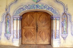 Mission San Miguel Arcangel - doorway
