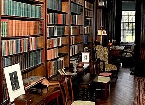 Springwood - Living Room Library 2