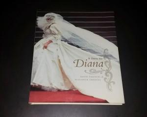 A Dress for Diana book