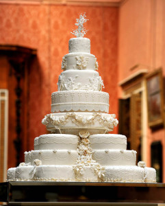 The eight tiered wedding cake made by Fi