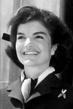 Berry Pin Jackie Kennedy