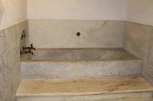 Capitol bathtubs