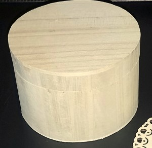 round wooden box 1