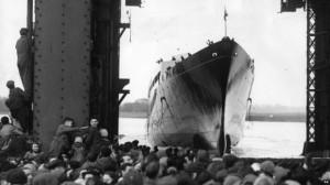 Britannia Royal Yacht - boat launch 16 April 1953