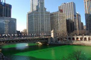 Chicago River dyed green 1