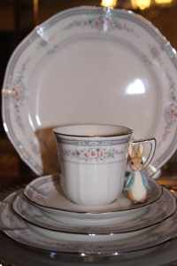 China cabinet teacup 1