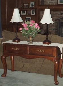 Family room floral arrangement 1