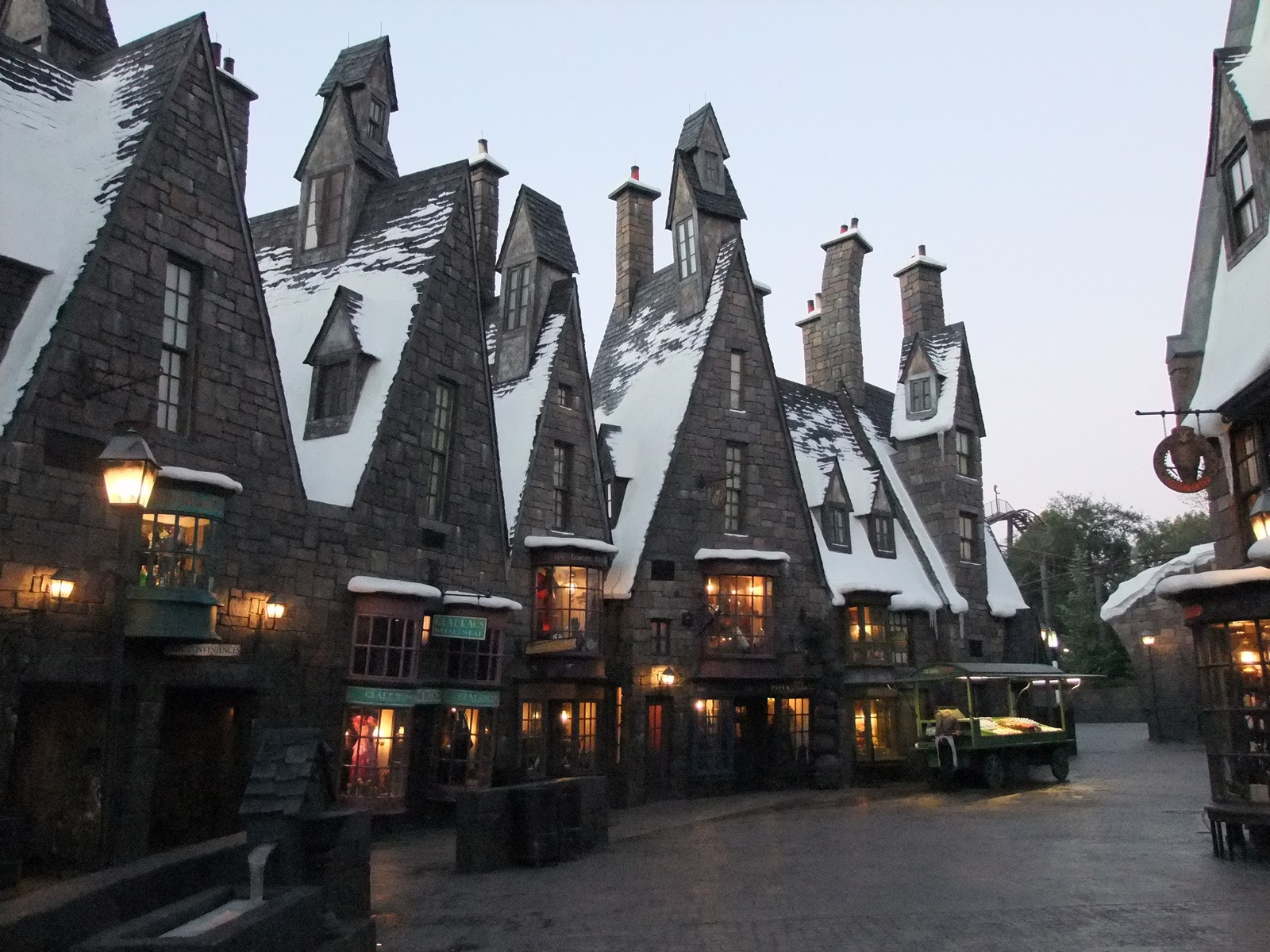 Cool Wallpaper Harry Potter Snow - Hogsmeade-1  Pic_1007024.jpg