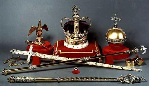 Coronation accessories