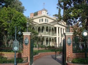 Haunted Mansion exterior April 2007