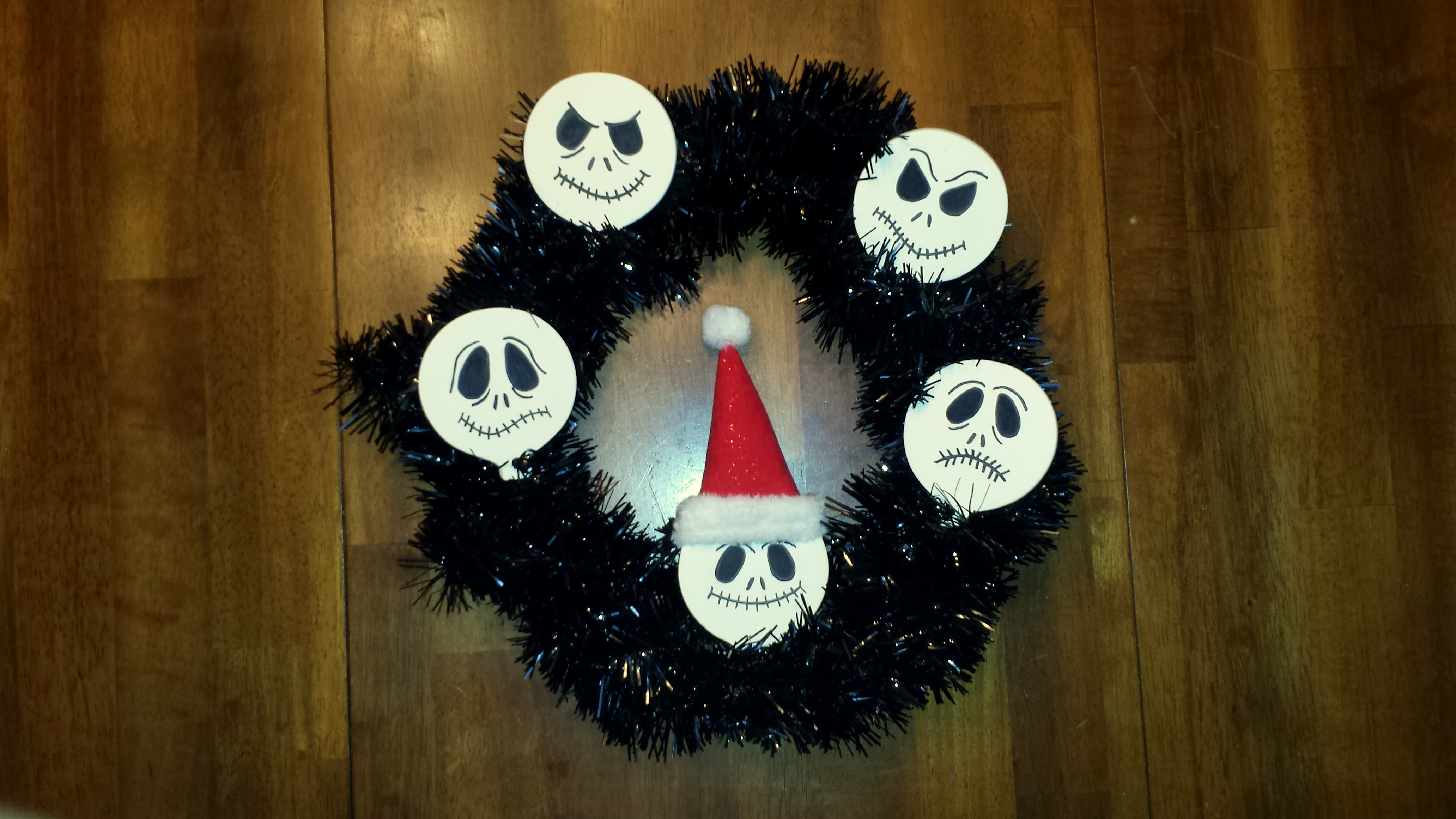 Craft – Nightmare Before Christmas wreath | The Enchanted Manor