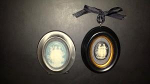 Framed cameos