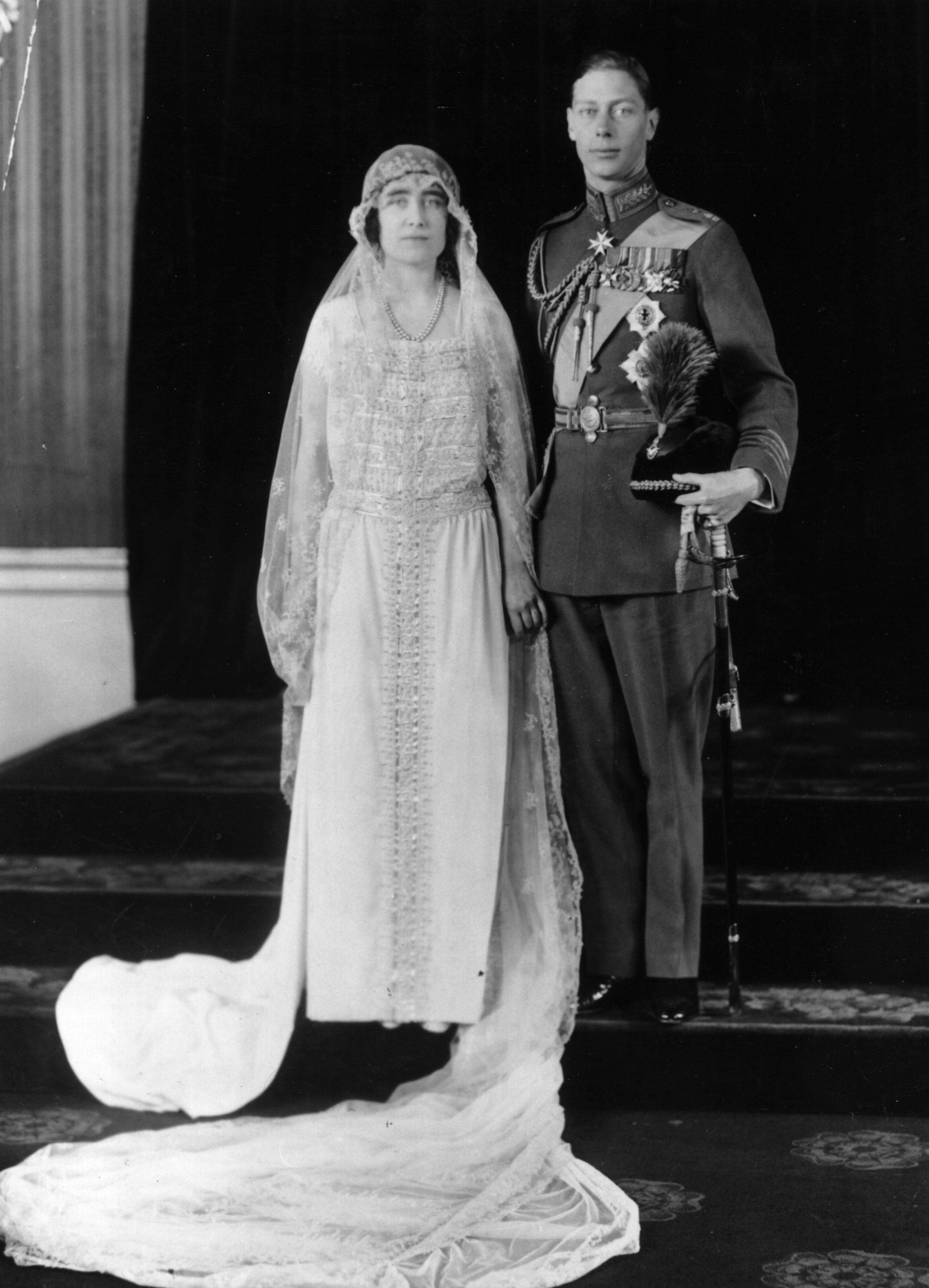 20 Facts About Queen Elizabeth II and Prince Philips Wedding