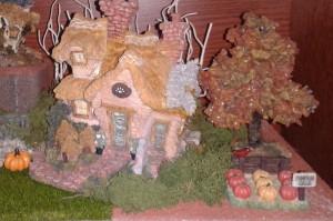2012 Fall  Boyd's Bear Village closeup 2