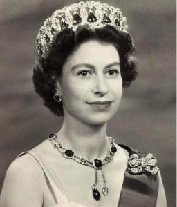 Delhi Durbar Necklace worn by Queen Elizabeth