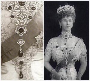 Delhi Durbar Stomacher worn by Queen Mary with Delhi Durbar Brooches