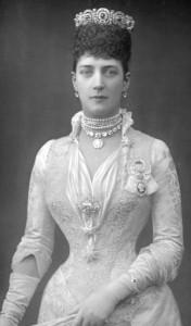 Alexandra's jewels - center