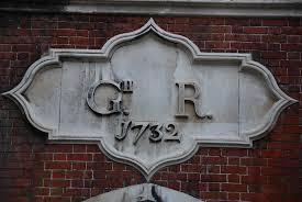 Hampton Court - George II Gateway