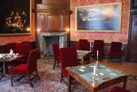 Hampton Court - Queen's Drawing Room