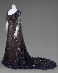 Queen Alexandra dress circa 1902