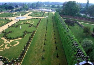 View of Privy Garden from King's Apartments