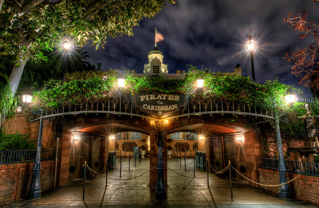 Pirates - entrance at night