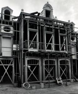 Pirates - exterior construction 2