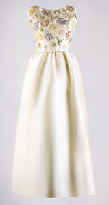 Ivory emroidered evening dress 1