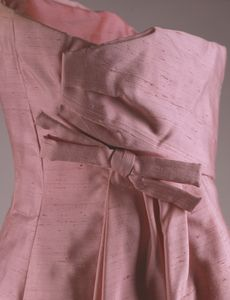 Pink evening dress 1 - back closeup