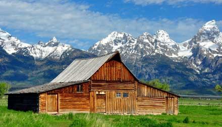 Grand Teton - barn