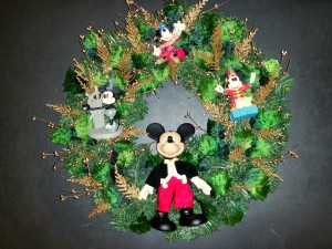Mickey Mouse wreath version #2- final