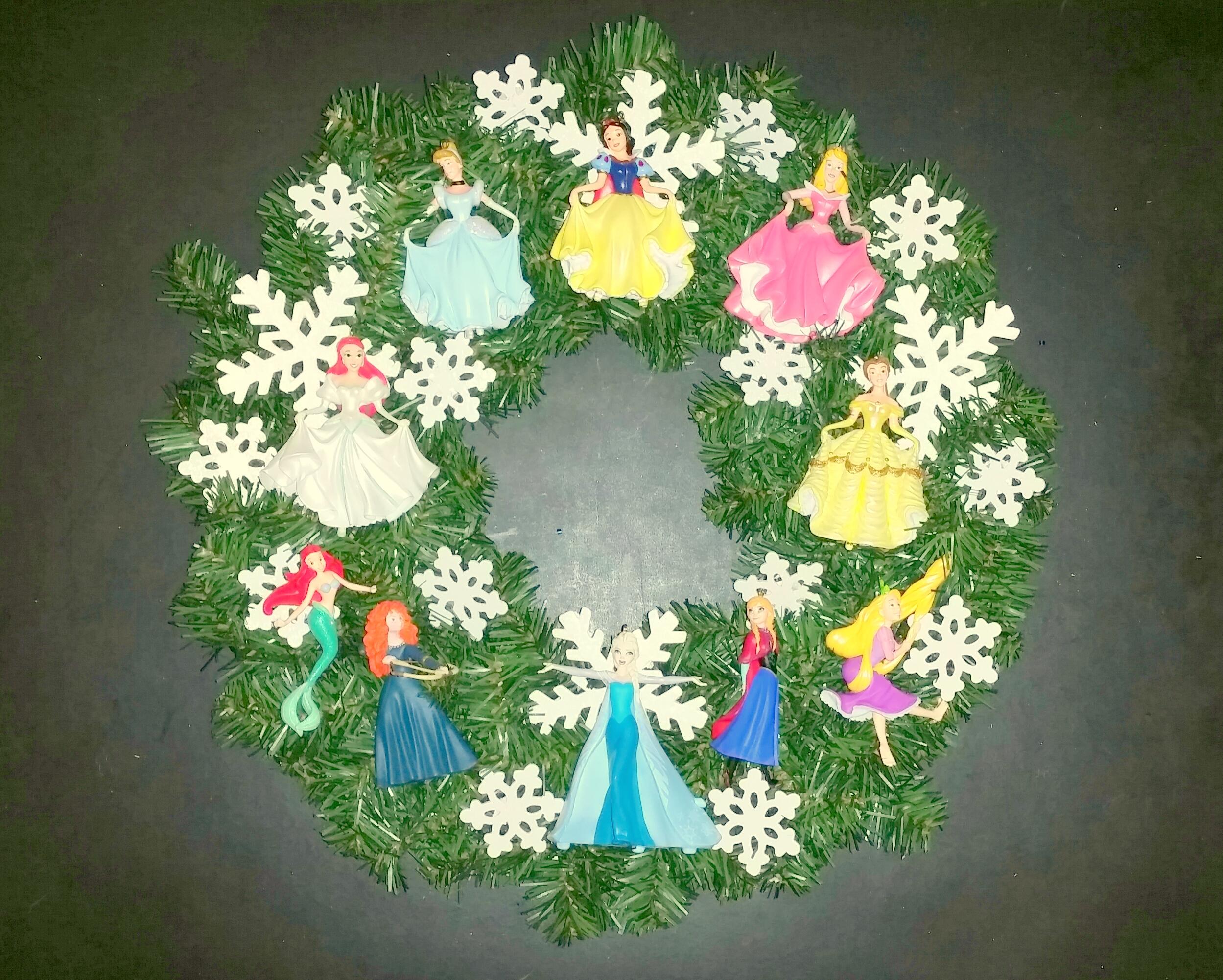 Disney princesses christmas wreath