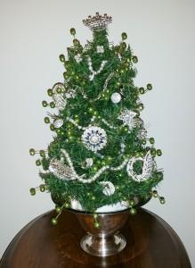 Jeweled Tabletop Christmas Tree 4