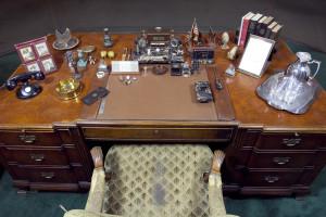 FDR Presidential Library - Oval office desk