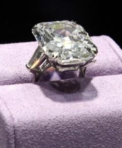 Krupp Diamond Of Elizabeth Taylor The Enchanted Manor