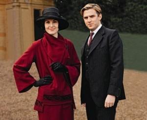 season 3 Mary tailored coat 1