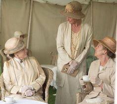 season 3 Violet and Isobel and Rosamund