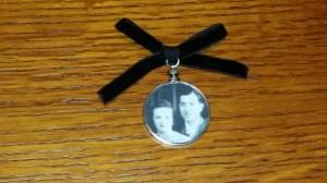 Memorial brooch 3