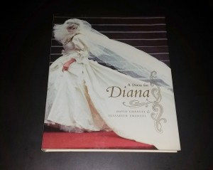 A Dress for Diana book