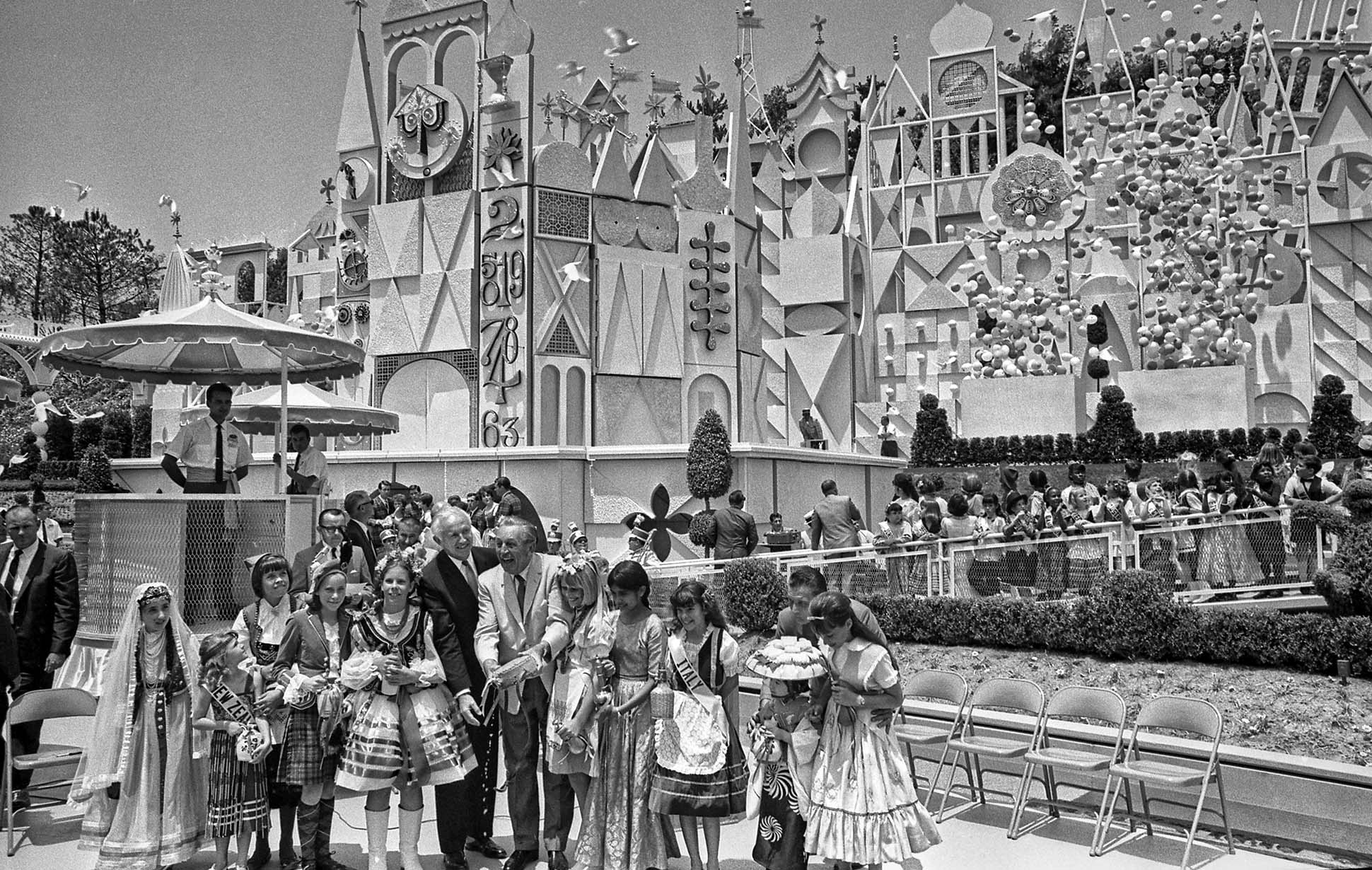 Opening Day It S A Small World Disneyland The Enchanted Manor