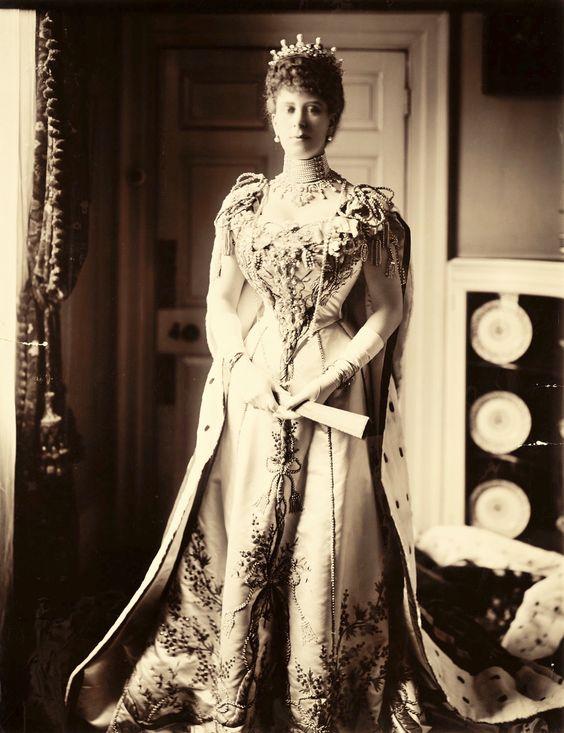 Princess May of Teck jewelry worn at the coronation of King Edward ...