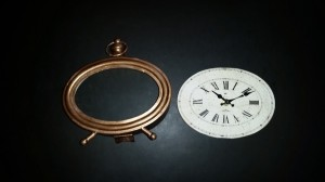 Altered clock - disassembled