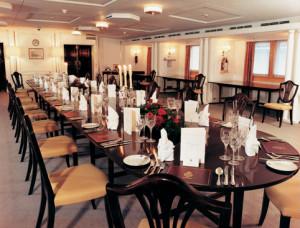 Britannia Royal Yacht - dining room