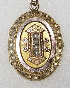 Victorian locket 2